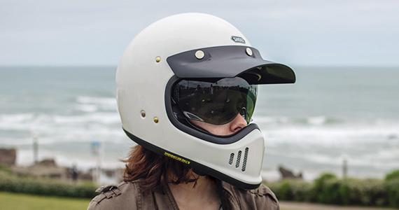 0b43031b ... EX-ZERO. *With optional peak and dark smoke shield equipped.
